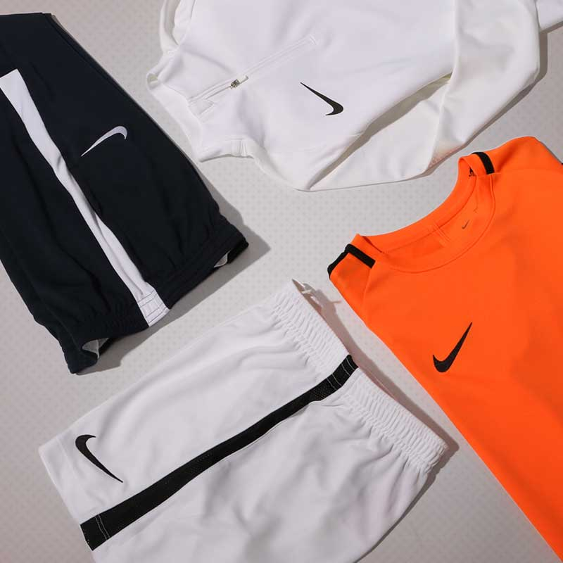 Ropa entrenamiento Nike niño