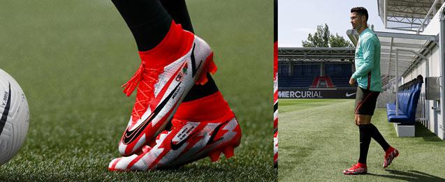 Nuevas botas de fútbol marca Nike Mercurial color rojas que serán utilizadas por el jugador Cristiano Ronaldo