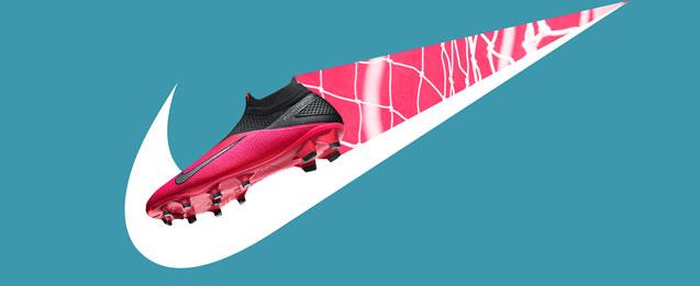Botas rosa Nike Phantom de la colección PHANTOM VSN II