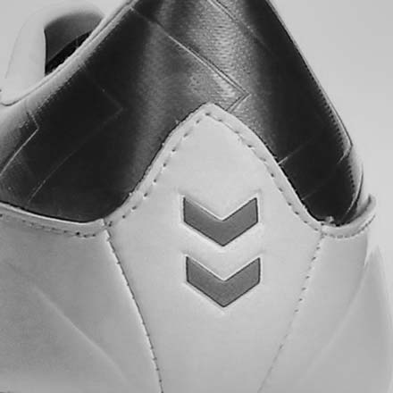 Botas fútbol Hummel