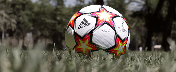 Balón Champions temporada 2021 2022 Finale League