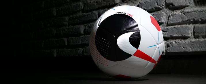 Balón de fútbol sala marca Nike