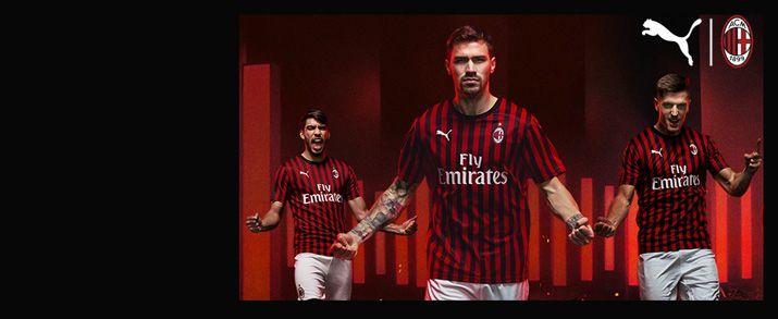 Camiseta de la primera equipación infantil 2020 AC Milan, diseño de franjas en color negro y rojo.