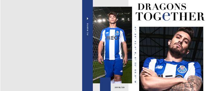 Camiseta de la primera equipación infantil 2020 Porto, diseño clásico de la camiseta en franjas verticales de color azules y blancas.