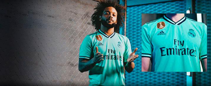 Camiseta de la tercera equipación Real Madrid 2020, novedoso diseño en color verde turquesa inspirado en la equipación del club de los años 90.