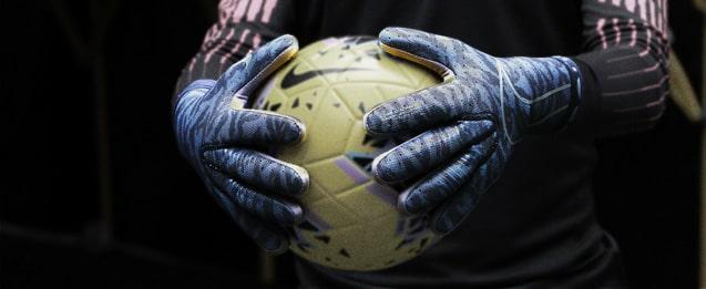 Guantes Nike clor azules oscuros con textura